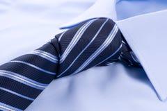 Chemise avec la relation étroite nouée Image libre de droits