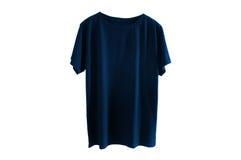 Chemise bleu-foncé d'isolement Photos stock
