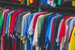 Chemise colorée image stock