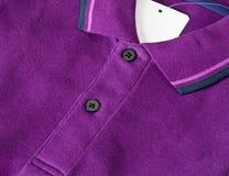 Chemise de polo pourprée Images libres de droits