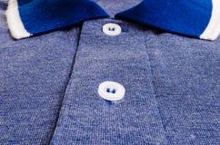 Chemise de sports bleue Image stock