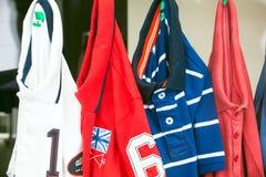Chemises de sport Photographie stock libre de droits