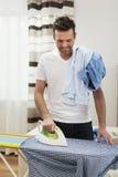 Chemises repassantes photos libres de droits