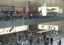Chengdu öppnar det andra Apple lagret Fotografering för Bildbyråer