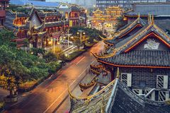 Chengdu, China en la calle de Qintai imagen de archivo