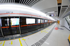 Chengdu metrolinje 2, fyrkantig station för tianfu Arkivfoton