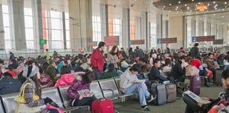 Chengdu, Porzellan: Fluggäste in der Serie Stockbild