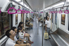 Chengdu tunnelbanalinje 3 gångtunneldrev Arkivfoton