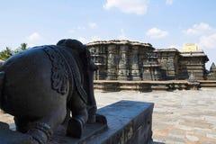 Chennakeshava寺庙复合体,贝鲁尔,卡纳塔克邦 全视图为 库存图片