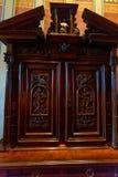 CHENONCEAU, FRANCIA - CIRCA JUNIO DE 2014: Aparador de madera en Chateau de Chenonceau Foto de archivo libre de regalías