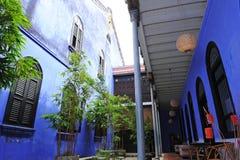Cheong Fatt Tze - голубой особняк стоковые фотографии rf