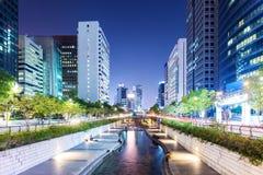 Cheonggyecheon στην πόλη της Σεούλ Στοκ Εικόνα
