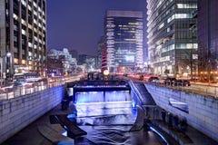 Cheonggyecheon i Seoul royaltyfri fotografi