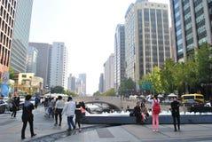 Cheonggyecheon ström i Seoul, Sydkorea Royaltyfria Bilder