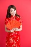 Cheongsam d'usage de femme de beauté Image stock
