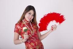 Cheongsam kl?nning fotografering för bildbyråer