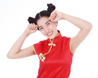 Cheongsam rojo del desgaste de mujer en concepto de Año Nuevo chino feliz Fotografía de archivo libre de regalías