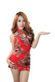 Cheongsam vestindo modelo asiático bonito Imagem de Stock Royalty Free