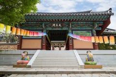 Cheonwangmunpoort van de Beomeosa-Tempel in Busan royalty-vrije stock foto