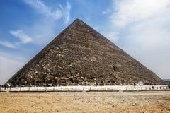 Cheops金字塔在吉萨棉,开罗,埃及 图库摄影