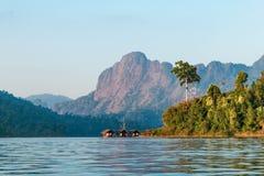 cheow εθνικό πάρκο sok Ταϊλάνδη του τοπικού LAN λιμνών khao εθνικό πάρκο sok Ταϊλάνδη khao Ταϊλάνδη Στοκ φωτογραφίες με δικαίωμα ελεύθερης χρήσης