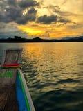 Cheow Lan水坝Ratchaprapa水坝 免版税库存图片