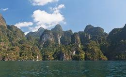 Cheow Lan Lake of Rajjaprabha-Damreservoir, Thailand Stock Fotografie