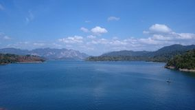 Cheow Larn Lake Royaltyfria Foton