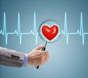 Chequeo de salud del corazón Imagenes de archivo
