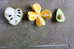 Cherimoya Avocado i pomarańcze Zdjęcie Royalty Free