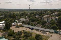 Chernigov, de Oekraïne 15 augustus, 2017 Kleine gebouwen en straten Mening vanaf de hoge bovenkant stock foto's