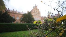 Chernivtsi nationellt universitet, uppehåll av Bukovinian och Dalmatian Metropolitans, Chernivtsi, Ukraina stock video