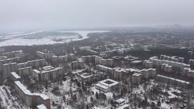 chernobyl Pripyat flyg- sikt Vinter copter stock video