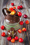 Cherries in a jug Stock Photography