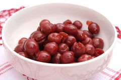 Cherries. Some fresh cherries in a bowl Royalty Free Stock Photos