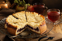 Cherry cake with crumble topping Royalty Free Stock Photography