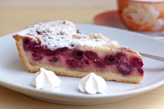 Cherry cake with sugar cookies Royalty Free Stock Photos