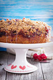 Cherry crumble coffee cake with cinnamon Royalty Free Stock Photography