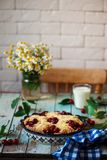 Cherry Filled Buns doux Style rustique Photographie stock