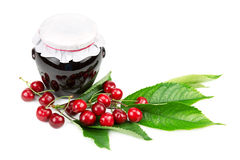 Cherry jam and cherries Royalty Free Stock Photography