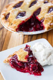 Cherry Pie Slice Fotografia de Stock Royalty Free