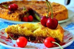 Cherry Spongecake Fotos de archivo libres de regalías