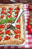 Cherry tomatoes tart Royalty Free Stock Images