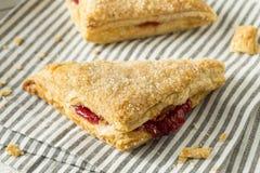 Cherry Turnover Pastries caseiro fotos de stock