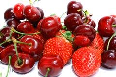 Cherryjordgubbar Royaltyfri Bild