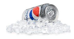 CHERSON, UCRAINA - 11 NOVEMBRE 2014: Latta di Pepsi Fotografia Stock
