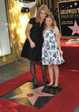 Cheryl Hines & Catherine Young Stock Foto