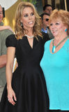 Cheryl Hines & moder Arkivbild