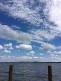 Chesapeake zatoki doku niebieskie niebo i Zdjęcie Stock