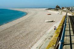 Chesil strand i Dorset, UK Arkivfoton